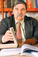 "Prof. dr.  Florin Tudose - ""Romanii sunt foarte buni povestitori, dar obosesc inainte ca povestea sa se sfarseasca"""