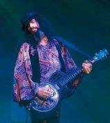 Un chitarist mai presus decat publicul - Eric Sardinas