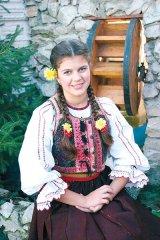 Marea speranta a muzicii populare din Transilvania: Ina Todoran