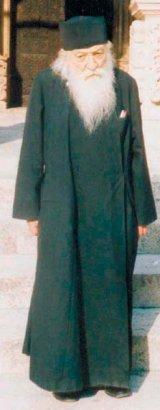 Mari duhovnici romani: Pr. ADRIAN FAGETEANU