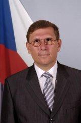 "E.S. PETR DOKLADAL - ""In Republica Ceha nu a existat si nu exista recesiune"""