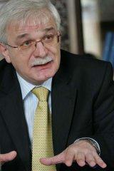E.S. Valentin Radomirski -