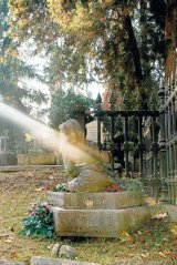LUMINATIA - In Ardeal, la intalnirea cu mortii