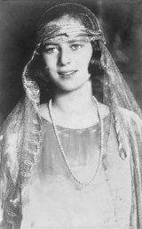 MARIA, Regina Romaniei - Copila cu ochi albastri