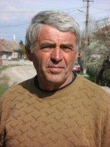 """Vasile Gherasim - """"Eu am invatat de la tata ca pamantul nu se vinde. Se cumpara"""""""