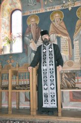 Trei episcopi si un facator de minuni