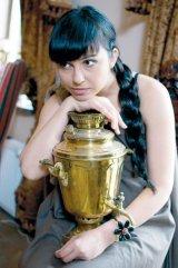 """ALEXANDRINA HRISTOV - """"La baza fiintei mele a stat iubirea enorma a parintilor"""""""